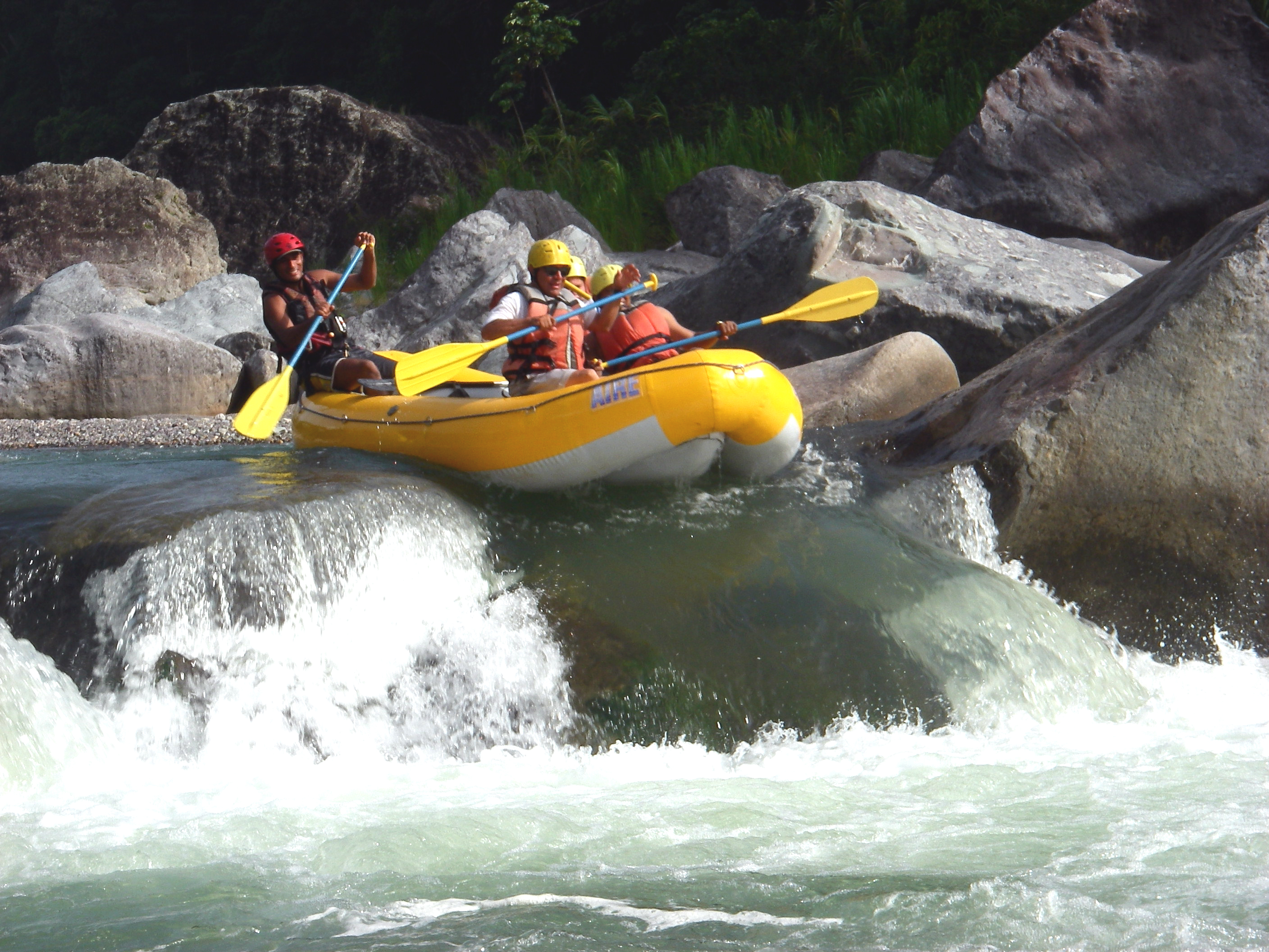 Outstanding white water rafting is available at the Cangrejal River!