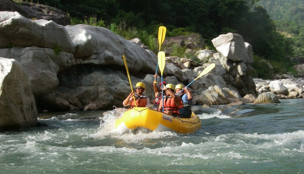 White water rafting in Roatan