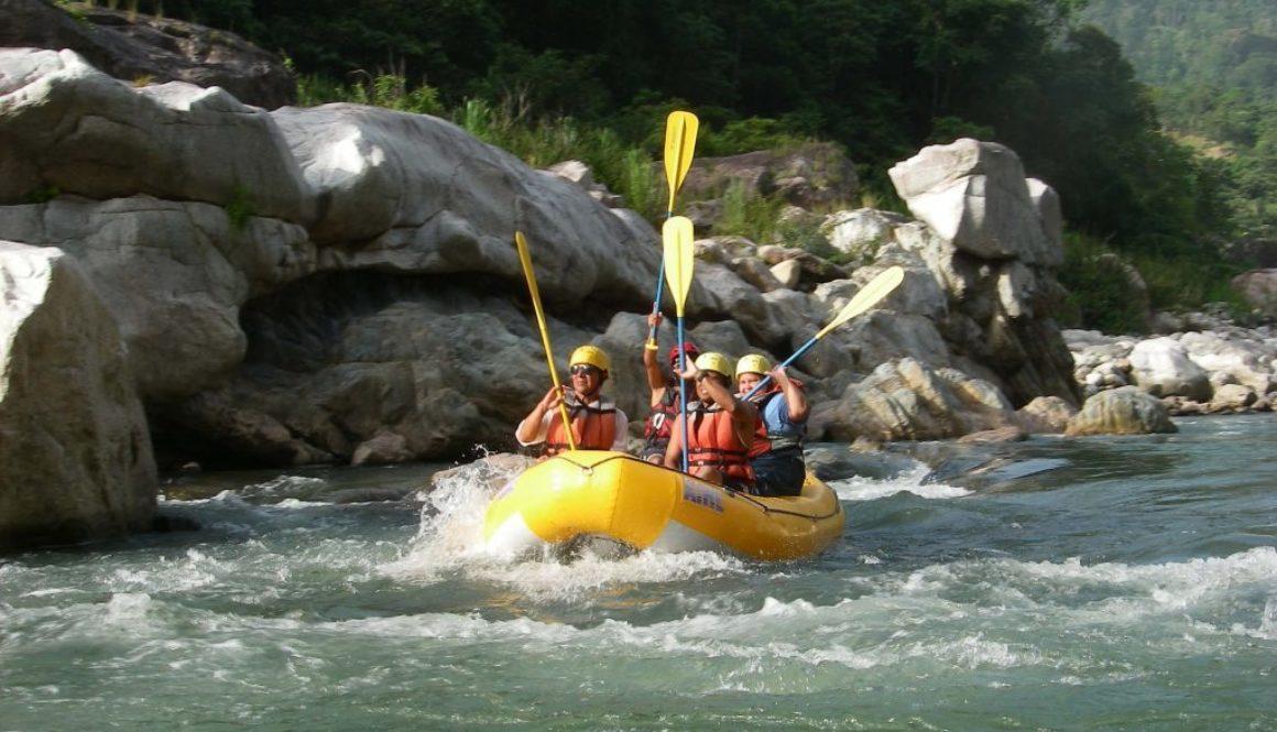White water rafting in Roatan