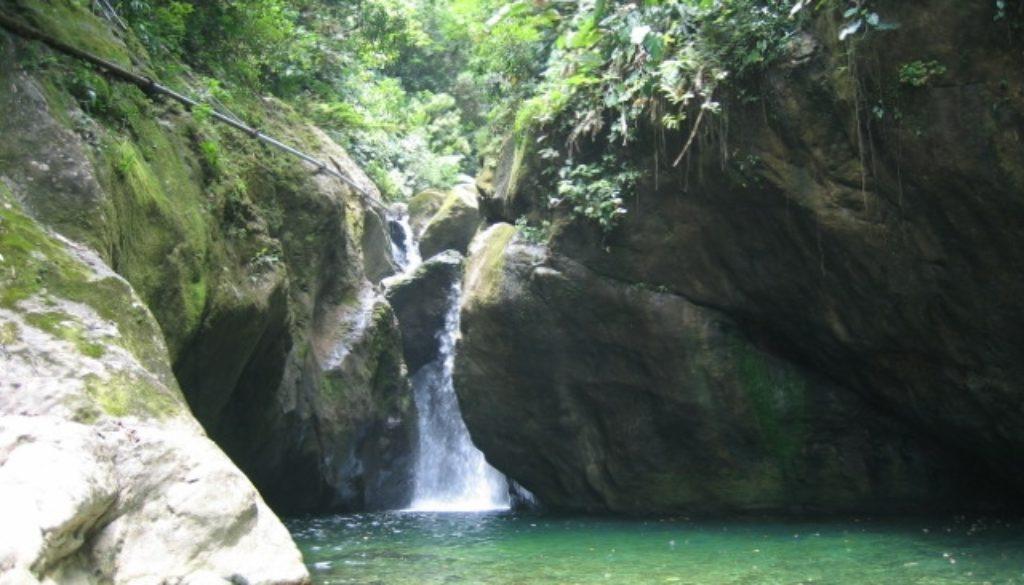 Pico Bonito Waterfalls